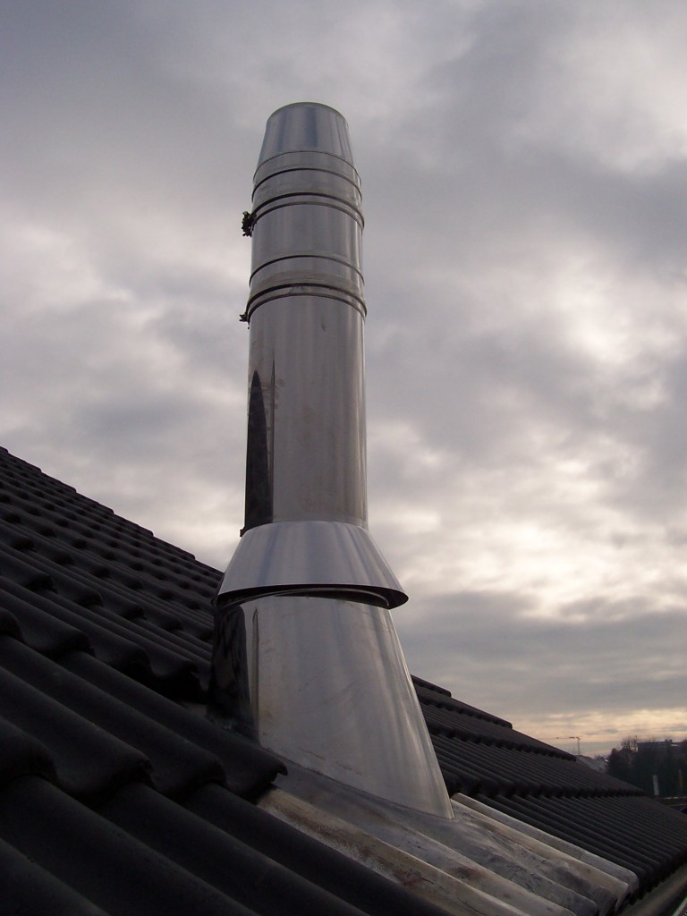Aufbau eines Edelstahlschornstein
